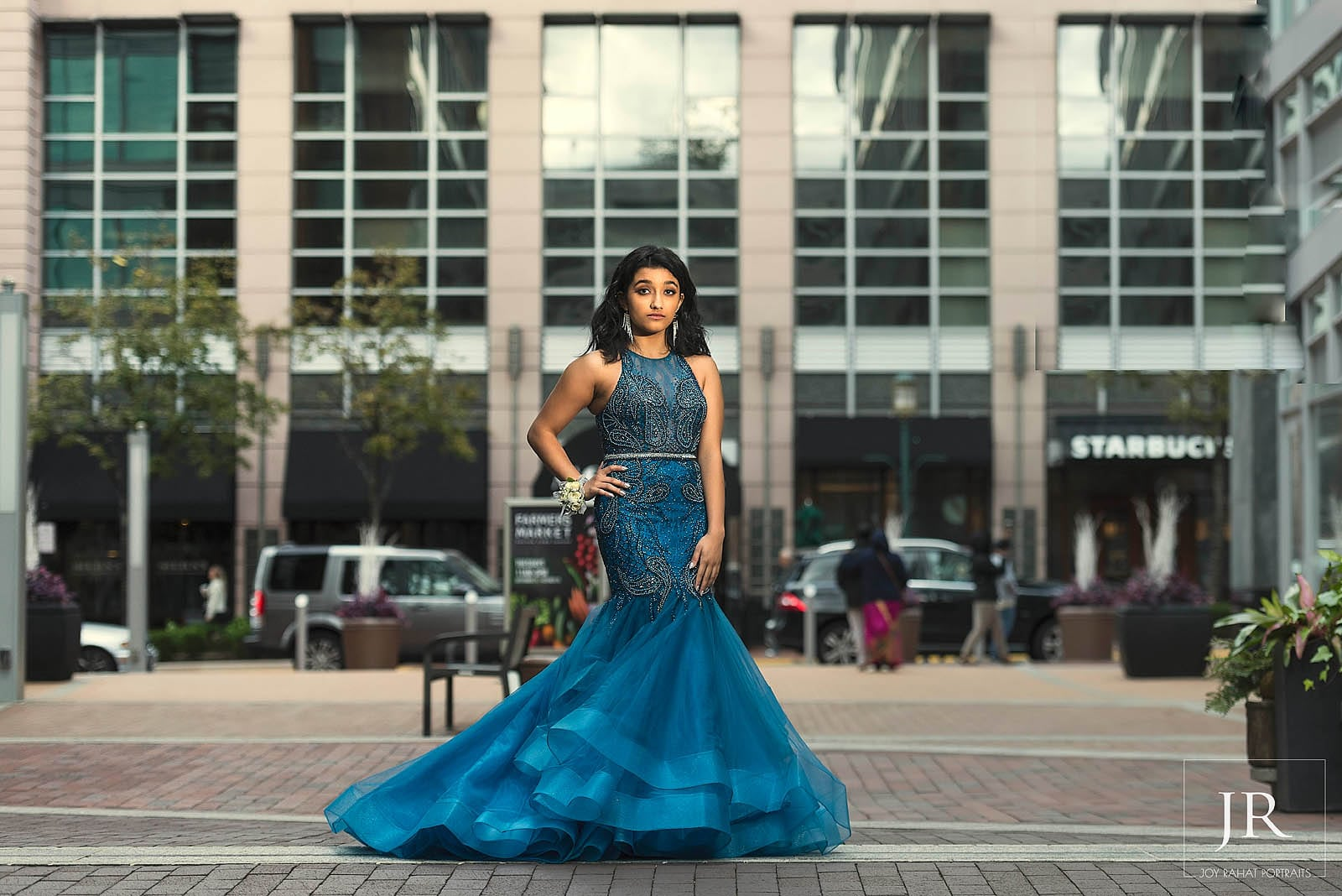 Long, mermaid style blue prom dress in Tyson's corner for outdoor prom photoshoot
